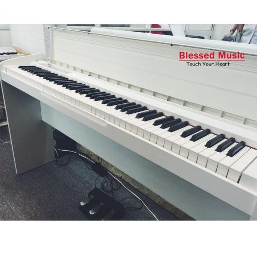Bán Piano Korg LP 180