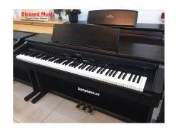 Bán Piano Roland KR 370 (Có điệu)