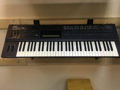 Đàn Organ Yamaha DX 7II