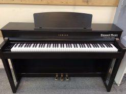 đàn Piano điện Yamaha CLP 545