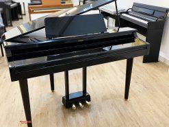 Đàn Piano điện Yamaha CLP 555 PE